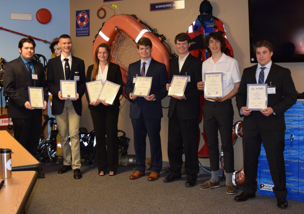 Students with Awards (4)